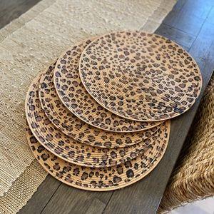 🐆 Deborah Rhodes Set of 5 Leopard Round Placemats